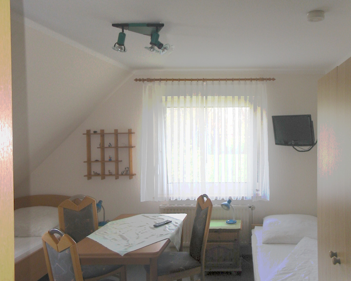 Kinderzimmer (DG links)